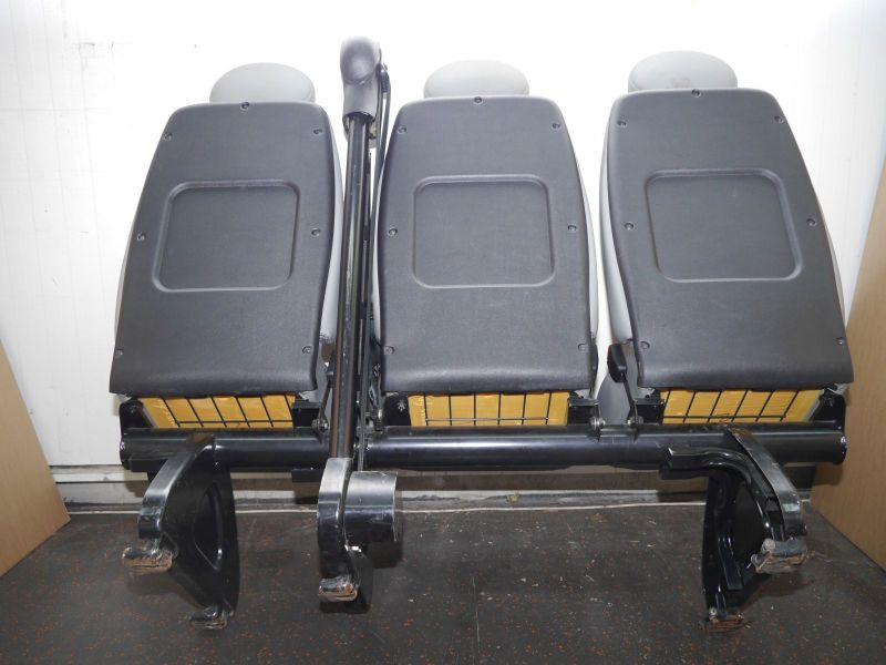 Sitzbank 2. Reihe OPEL MOVANO COMBI (J9) 1.9 CDTI  60 KW  82 PS