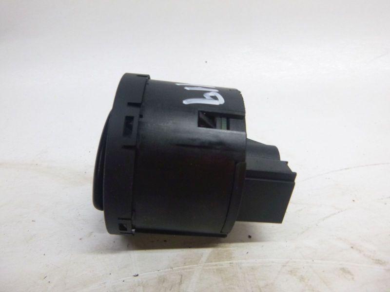 Schalter Licht VW PASSAT VARIANT (3C5, B6) 2.0 TDI  103 KW