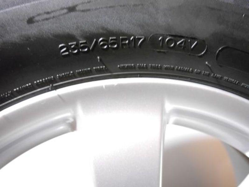 Komplettrad:235/65 17 104V Auf Aluminiumfelge 7.5JX17 H2 ET56 LK5X112X661Satz(je4Stück)
