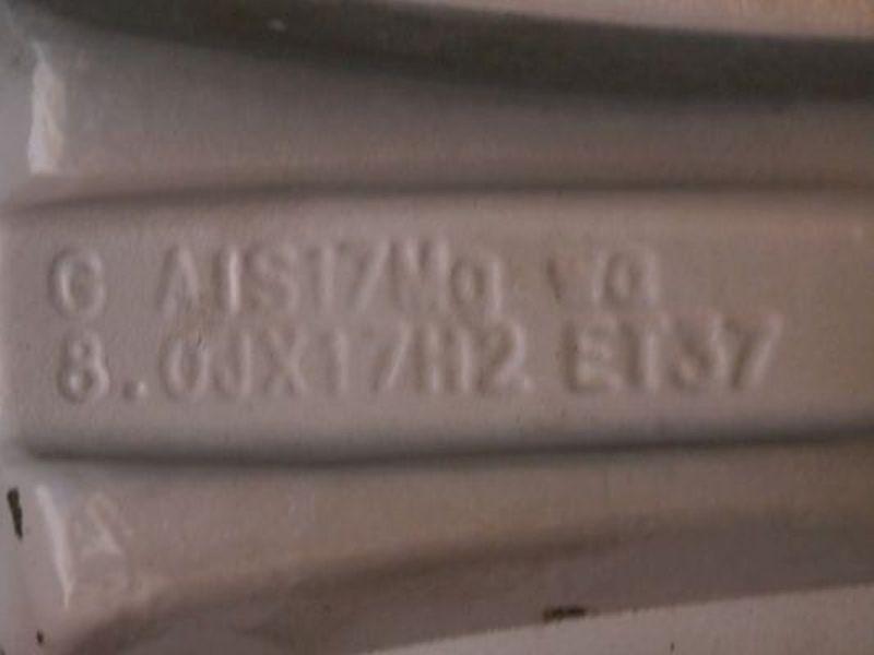 Komplettrad:235/45 R17 97Y Auf Aluminiumfelge 8JX17 H2 ET37 LK5X112X57,11Satz(je4Stück)
