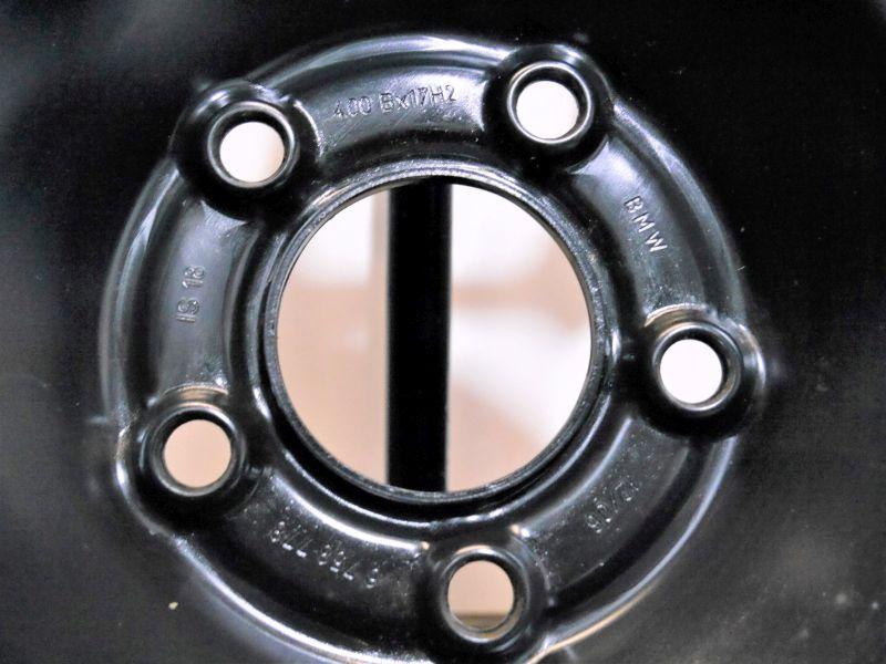 Komplettrad:135/80 R17 102L Auf Stahlfelge 4JX17 H2 ET18 LK5X120